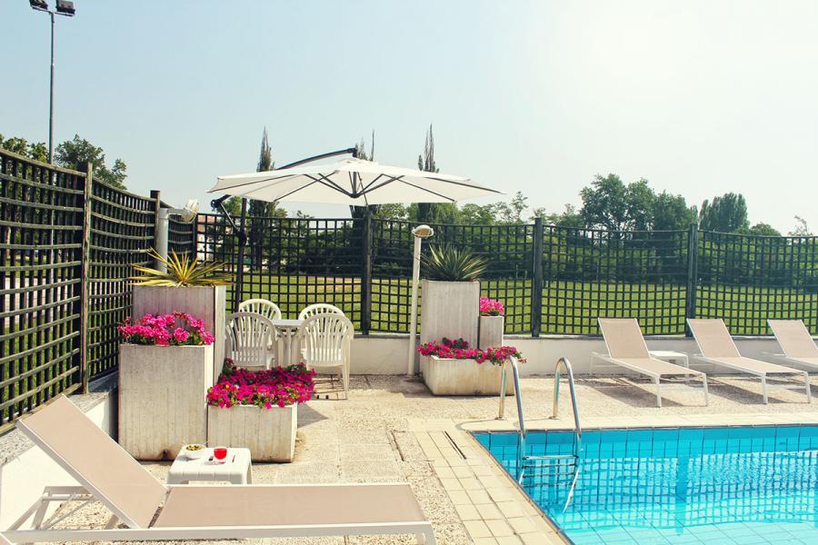 Park hotel castrocaro terme hotel 3 stelle con piscina - Hotel a castrocaro terme con piscina ...